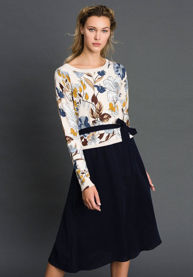 Crêpe de Chine and knit dress with belt