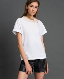 T-shirt with pearl jewel neckline White Woman 192TT2562-01