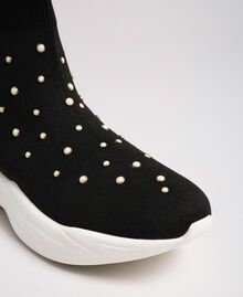 Sock-Sneakers aus Gestrick mit Perlenverzierung Schwarz Frau 192MCP06C-03