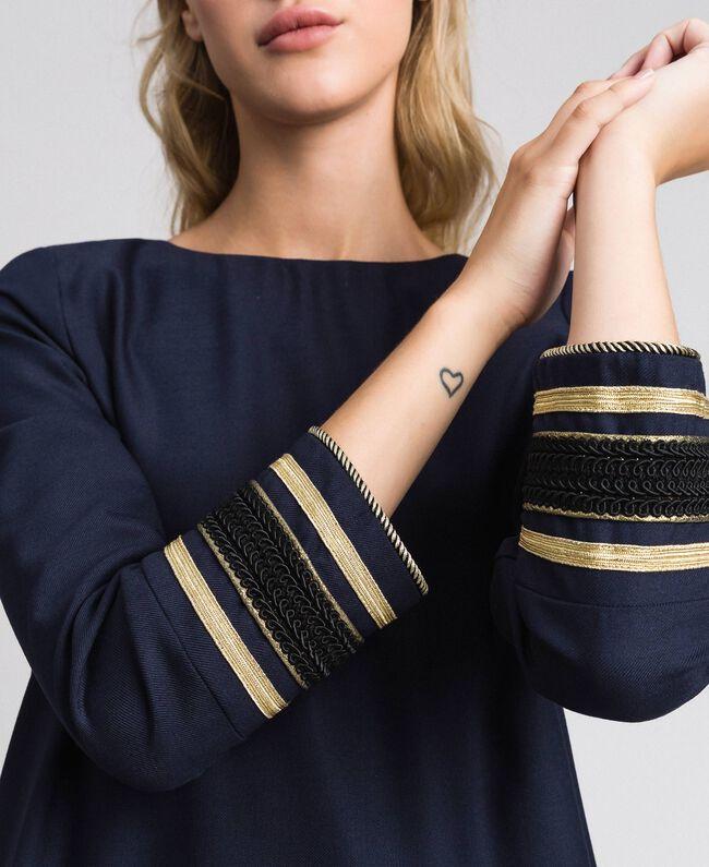 Kleid aus technischem Wollgewebe Midnight-Blau Frau 192TT2459-04