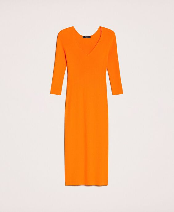 Ribbed long dress with cutout