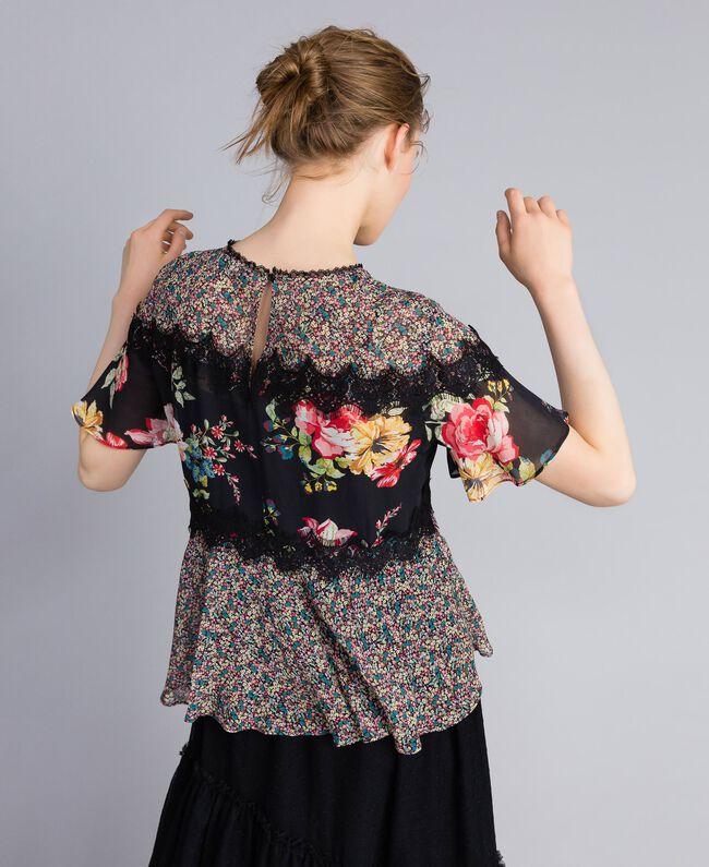 "Bluse aus Georgette mit Blumenprint Print ""Flower Patch"" Frau PA82MH-03"