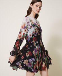 Платье из жоржета с цветочным принтом Принт Деграде Цветы Черный / Слоновая кость женщина 202TT2381-02