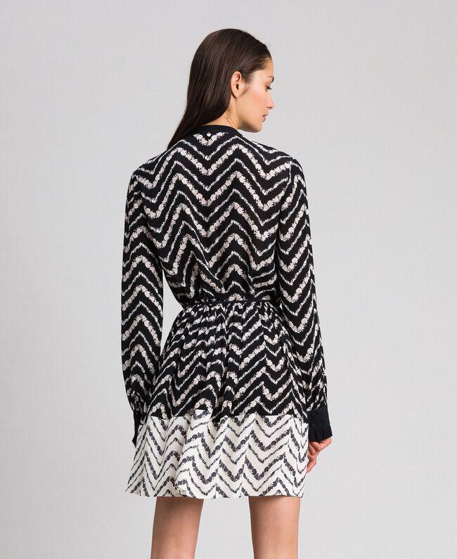 """Chevron floral print shirt dress Black / """"Snow"""" Chevron Print Woman 192TP2523-03"""