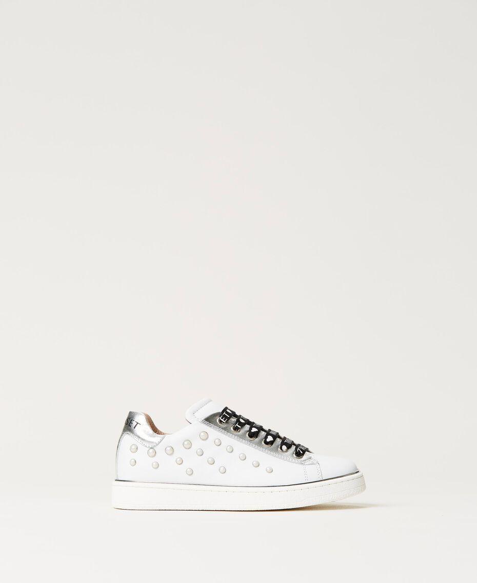 Sneakers de piel con cuentas Hueso Niño 211GCJ060-01