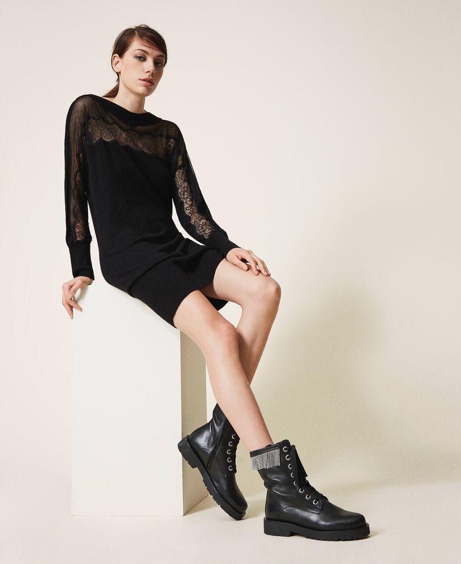 Stiefelette aus Leder mit Fransen Schwarz Frau 202TCT100-0S