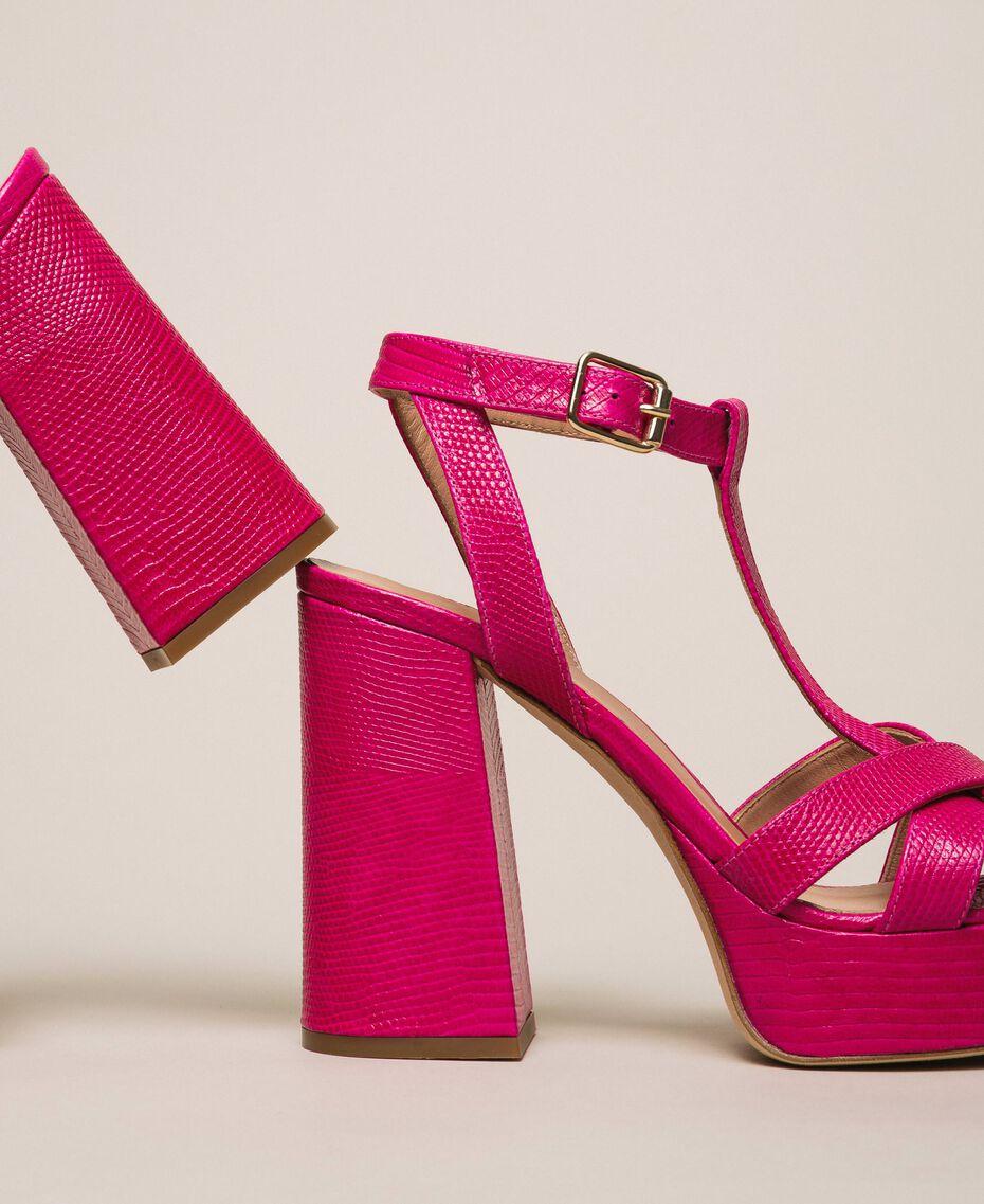 T-Bar-Sandalette aus Leder Amarena Frau 201TCP070-02