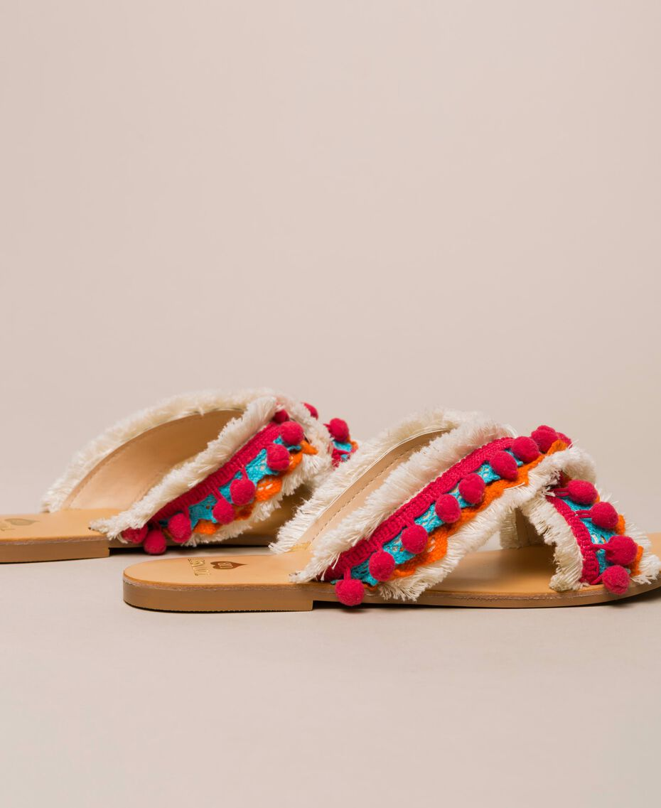 Weaved slippers with pompom and fringe Multicolour Woman 201LMPZUU-02