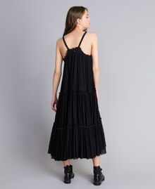 Kleid aus Tüll mit Volants Schwarz Frau JA82MA-03