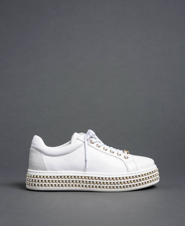 Platform sole trainers with pearls White Woman 192TCP06J-04