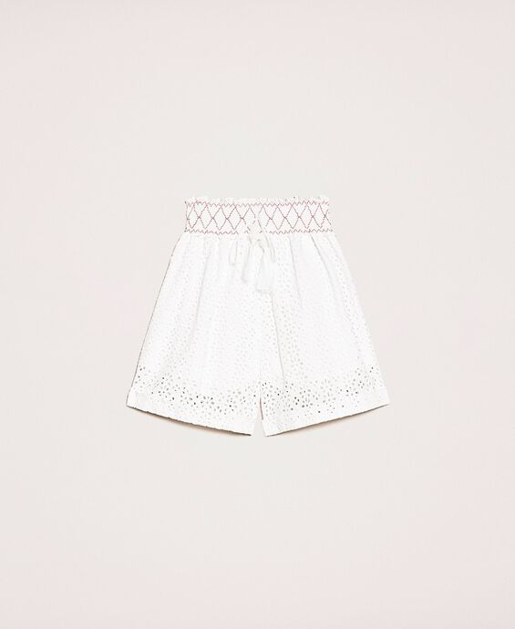 Broderie anglaise shorts with embroidery