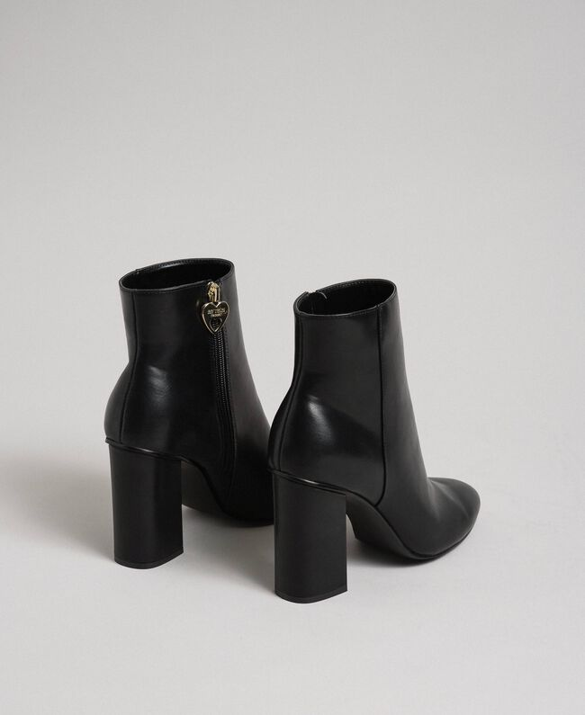 Faux leather ankle boots Black Woman 192MCT030-04