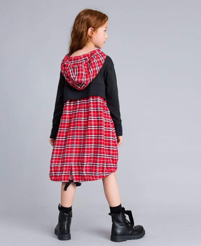 Kleid aus Sweatstoff und kariertem Stoff Zweifarbig Graumelange / mohnrote Karos Kind GA8243-04