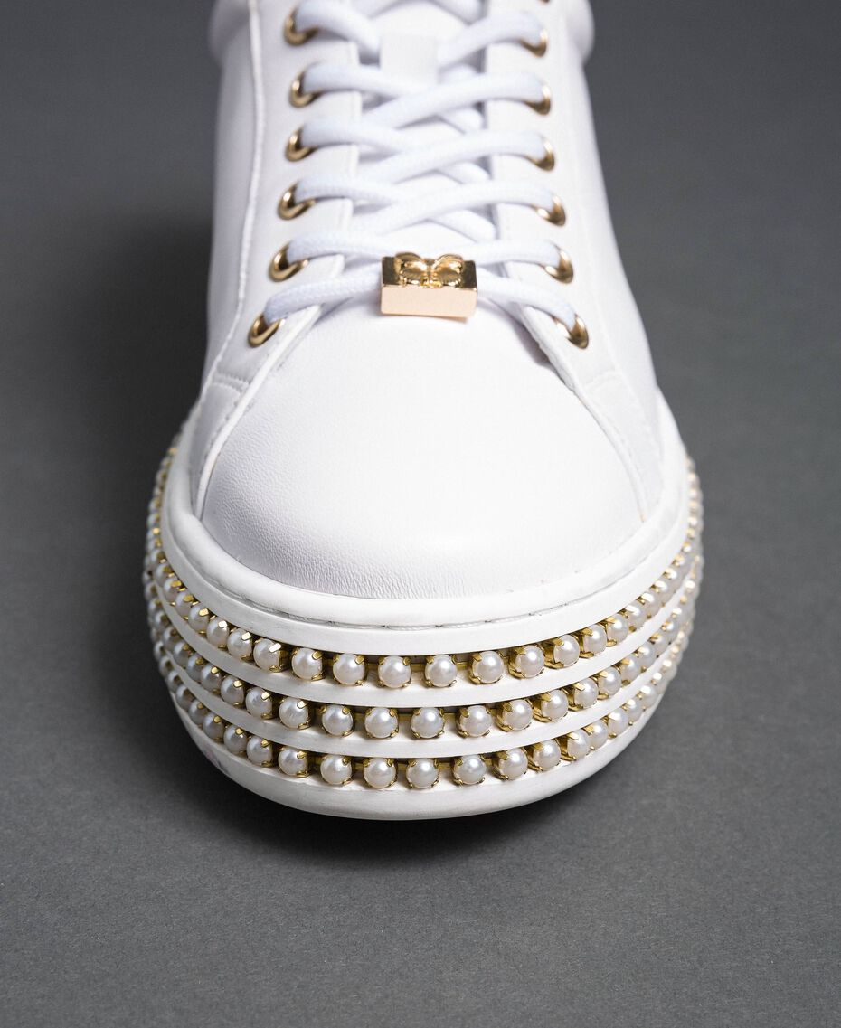 Platform sole trainers with pearls White Woman 192TCP06J-03