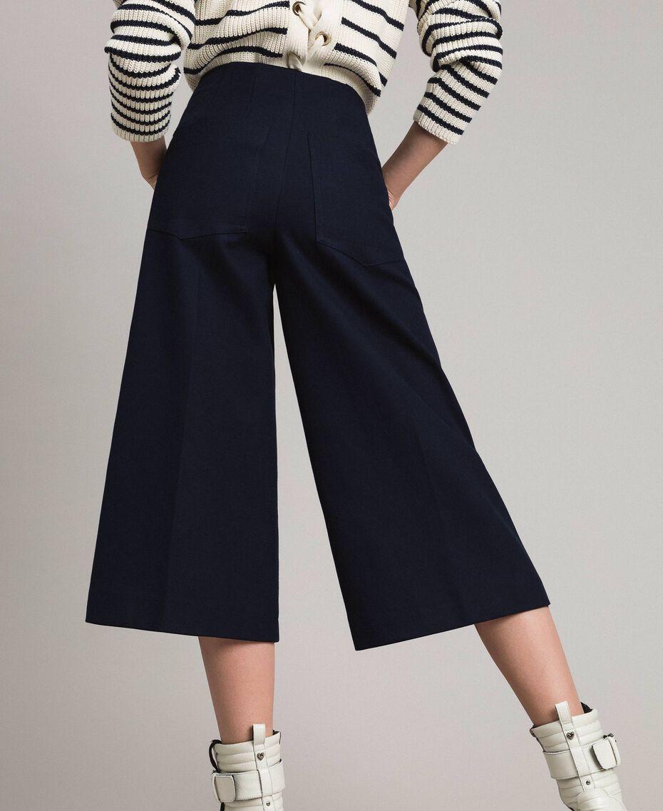 Cotton cropped trousers Deep Blue Woman 191TP2230-02