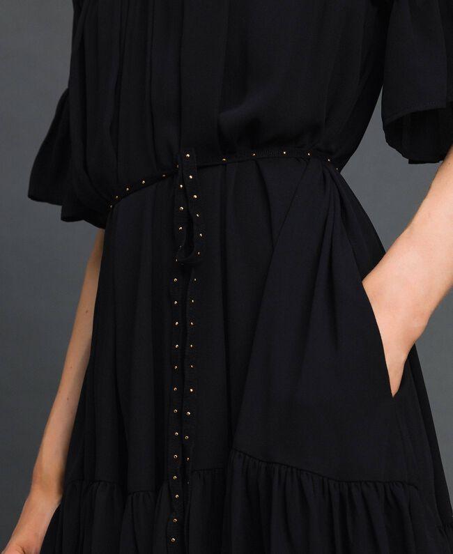 Kleid aus Crêpe de Chine mit Gürtel Schwarz Frau 192MP2163-04