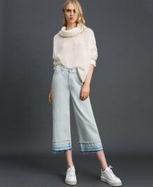 Wide leg jeans with frayed hem Light Denim Woman 192TT2460-01