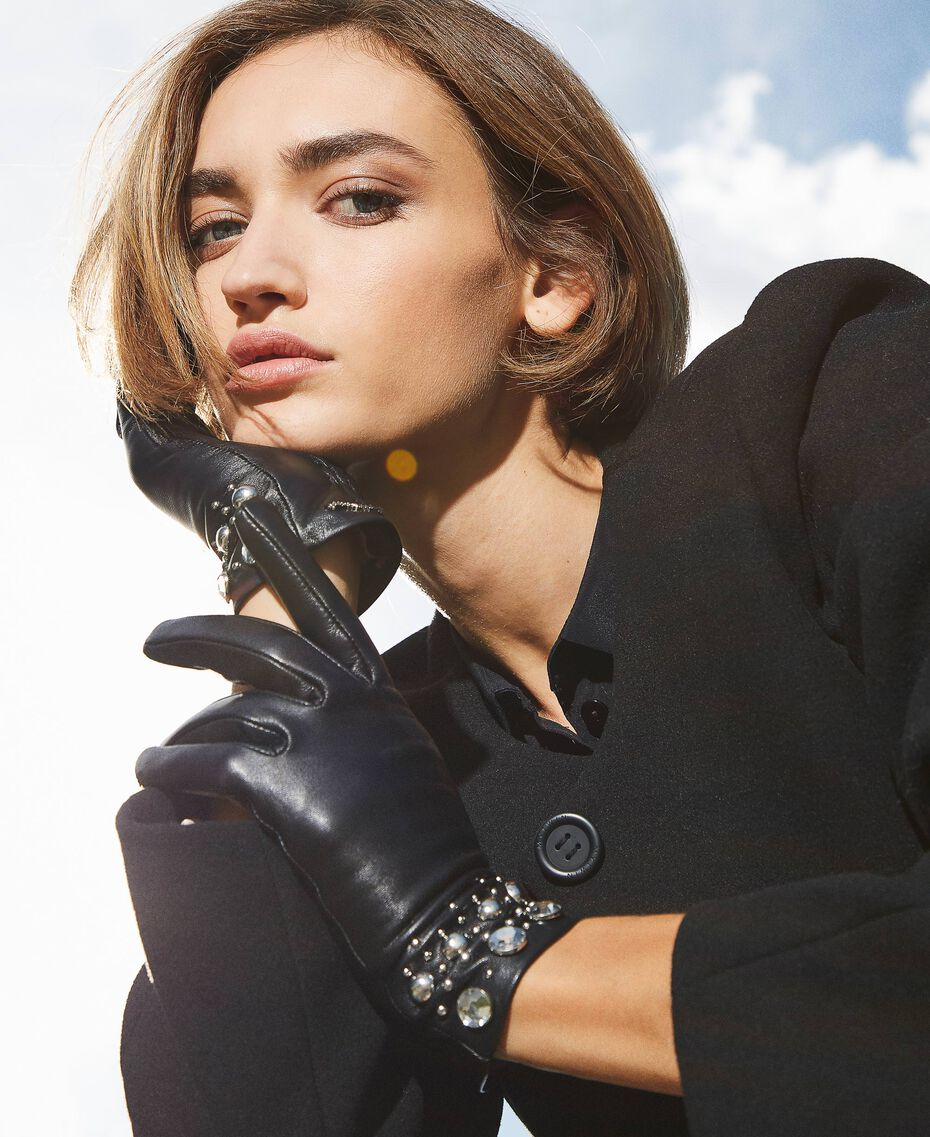 Leather gloves with studs and bezels Black Woman 202TA4351-0S