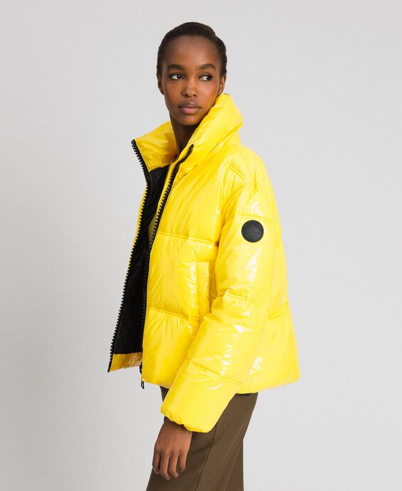 Patent leather effect short puffer jacket