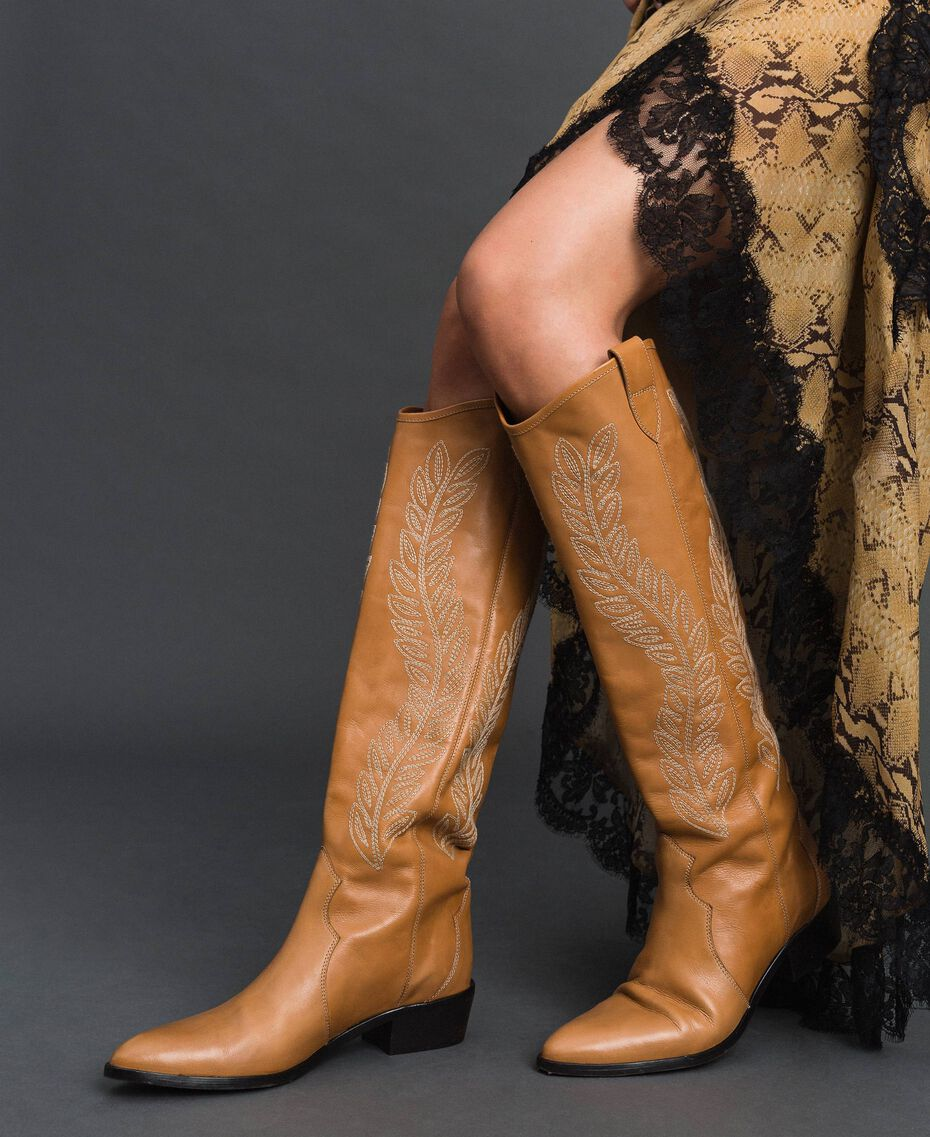 Texas boots with embroidery Tobacco Woman 192TCT06A-0S