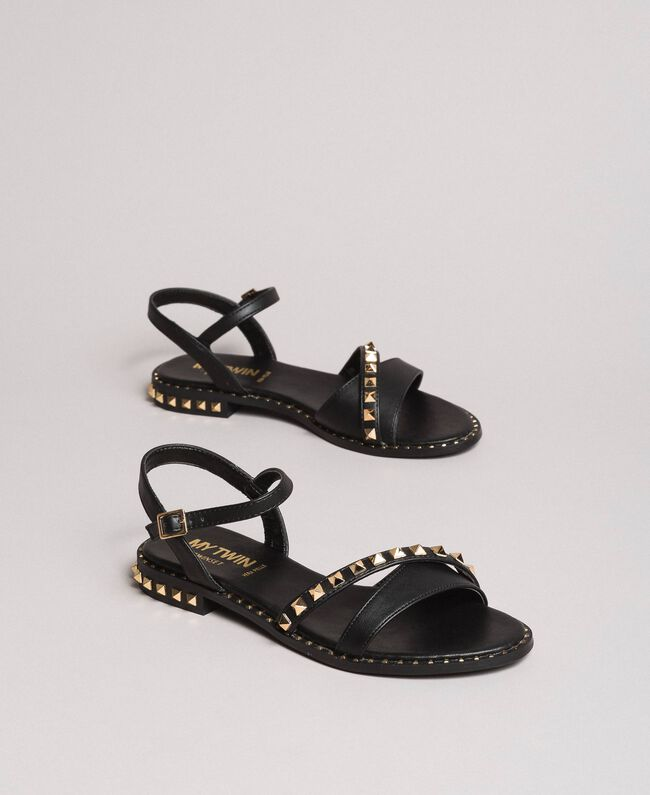 Kunstleder-Sandalen mit Nieten Schwarz Frau 191MCP192-01