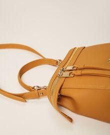 Kleine New Cécile Bag aus Lederimitat Golden Yellow Frau 202TB7181-04