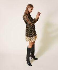 Robe en crépon avec imprimé de chaînes Imprimé Grande Chaîne Noir / Ivoire Femme 202TT221C-03