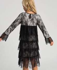 Chantilly lace dress with embroidered roses Two-tone Black / Pale Cream Child 192GJ2670-03