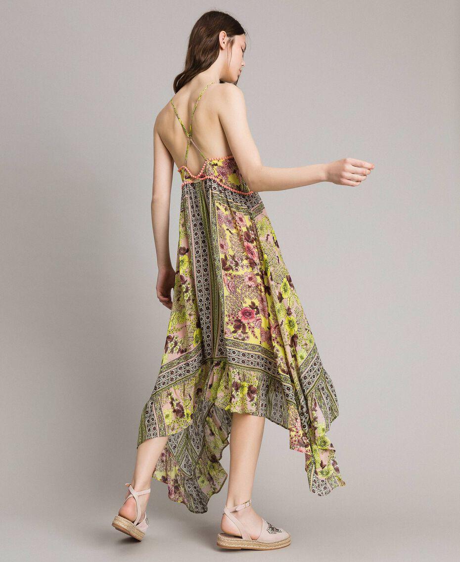 Chiffon Kleid Mit Schalaufdruck