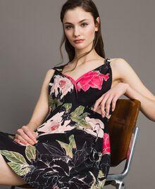 """Robe en crêpe de Chine à imprimé floral Imprimé Fleur Beige """"Coquillage"""" Total Femme 191MT2211-05"""