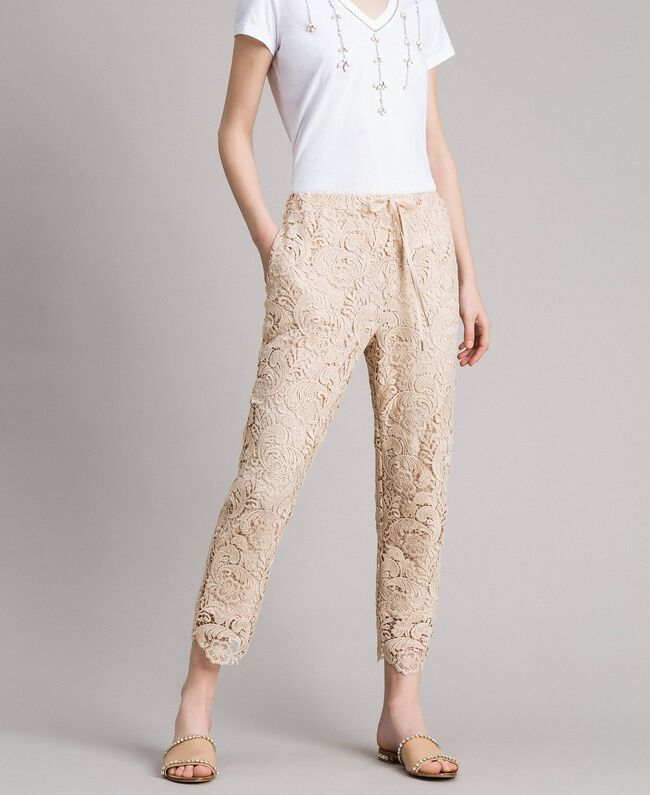 official photos 88a2f dd80f Pantaloni jogging in pizzo macramé Donna, Beige | TWINSET Milano