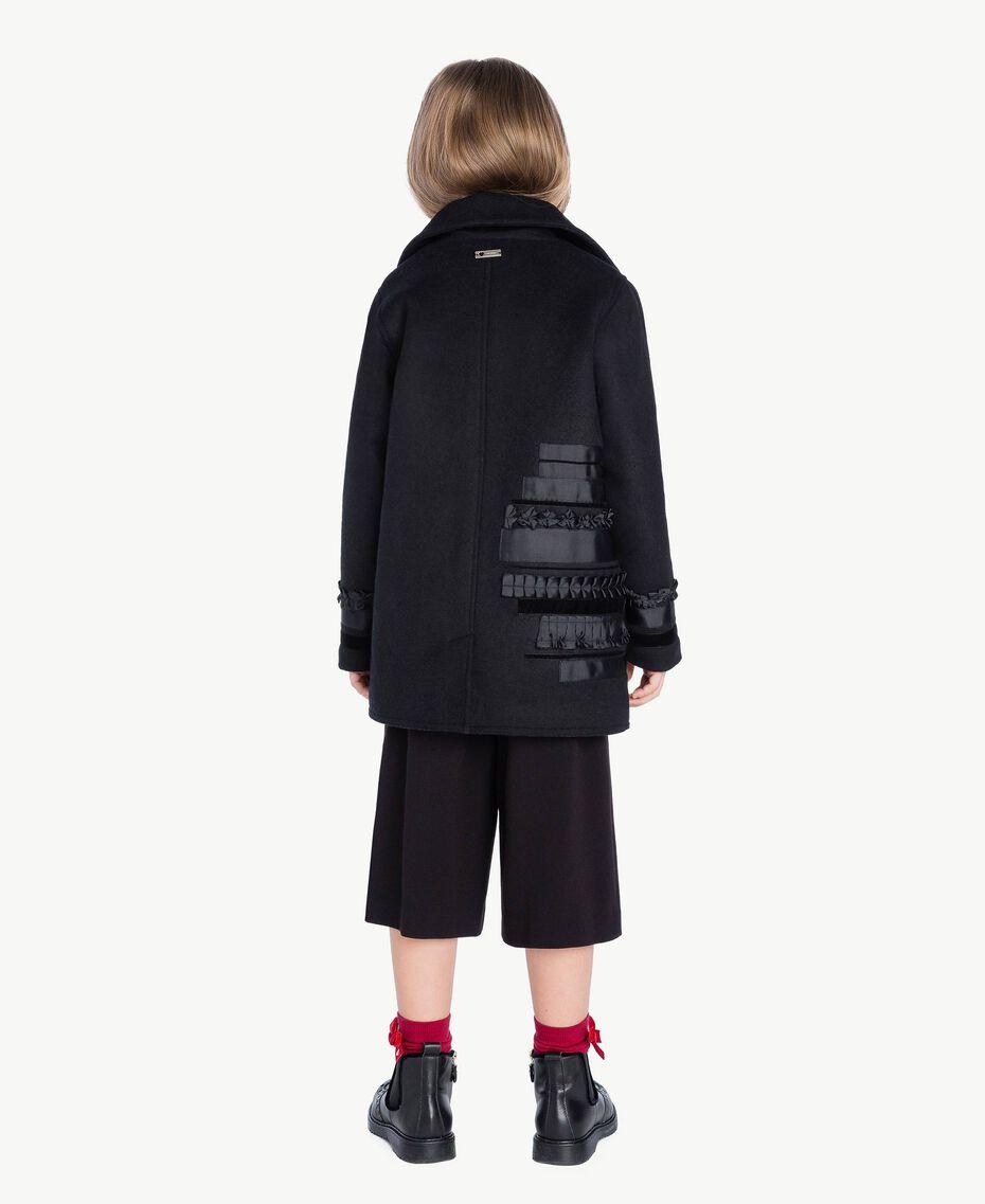 Mantel mit Stickerei Schwarz GA72CA-03