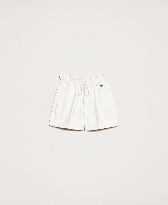 Shorts aus Leinenmischung