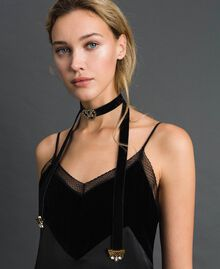 Collier ras-du-cou en velours avec cœur et papillon Noir Femme 192TO530E-0S