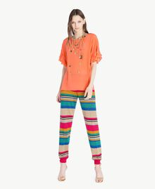 Hose mit Lurex Multicolor-Lurexstreifen Frau TS833R-05