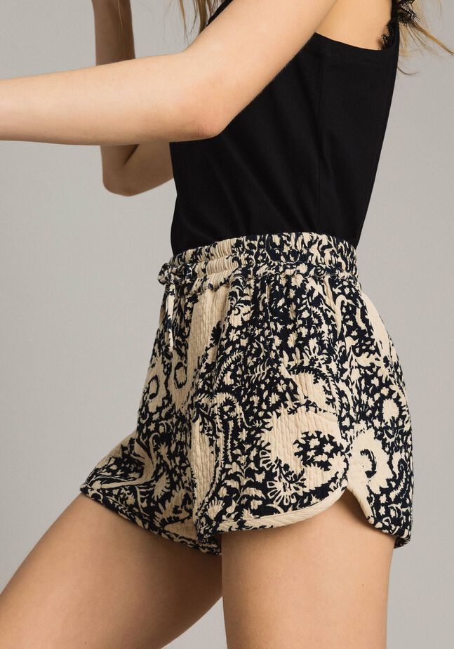 Matelassé cotton print shorts