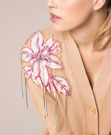 Cardigan décoré de patchs de fleurs et de broderies Rayé Bleu Nuit / Blanc «Neige» Femme 201TP3171-04