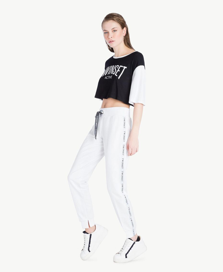 Cropped T-shirt Two-tone Black / Optical White Woman LS87QQ-03