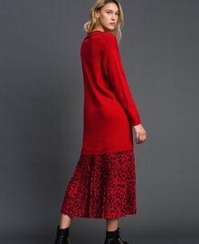 Robe en maille avec insertion animalière Bicolore Noir / Lys Femme 192MP3052-03