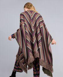 Poncho jacquard à rayures lurex Jacquard Rayure Lurex / Vert Forêt Femme TA838F-03