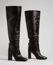 Leather thigh-high boots with strap Black Woman 192TCP106-01