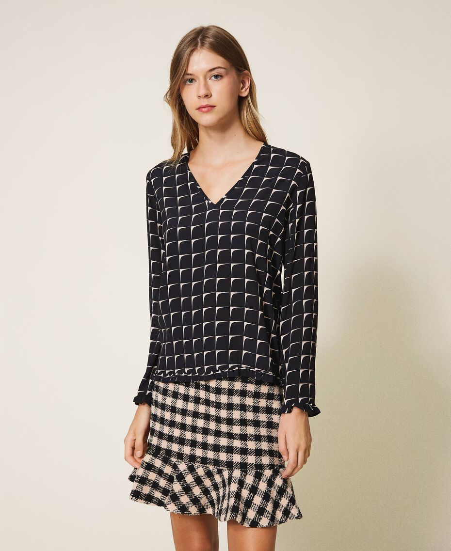 "Printed crêpe de Chine blouse with flounce Black /""Nude"" Beige Optical Print Woman 202ST2505-01"