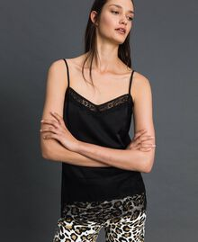 Satin and lace top Black Woman 192MP2131-01