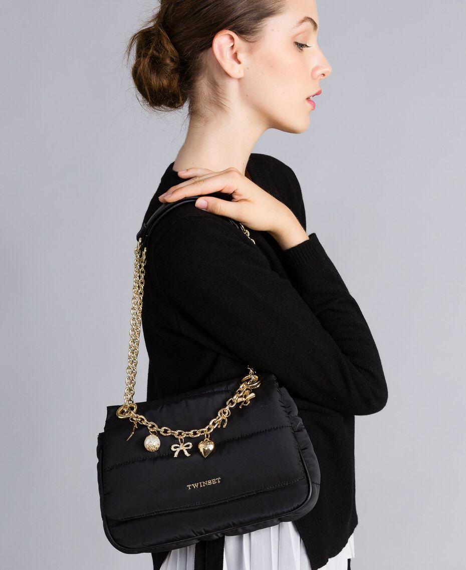 Tracolla in nylon con catena e charms Nero Donna AA8PFC-0S