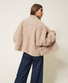 Manteau court en faux mouton Rose Cloud Pink Femme 202LI2BAA-04
