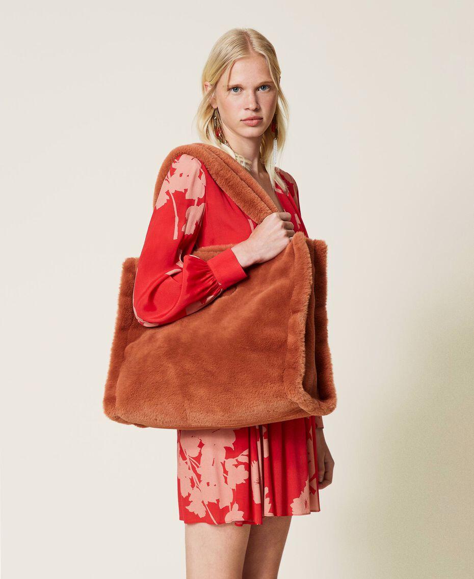 """Plush shopper with logo """"Tan Powder"""" Brown Woman 212TB7350-0S"""