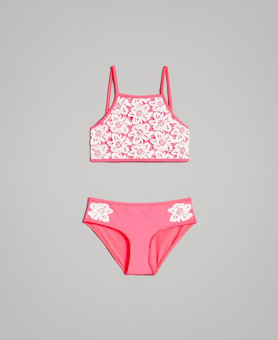 Bikini with macramé lace embroideries