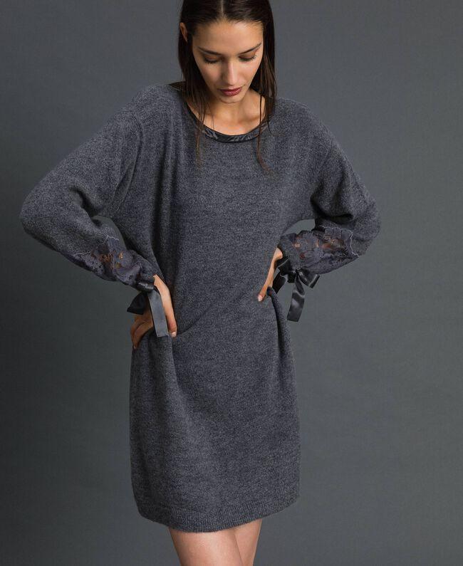 Robe en maille avec dentelle Gris foncé chiné Femme 192LI31AA-01