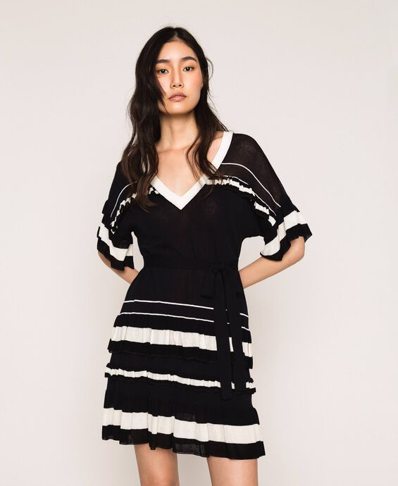 Knitted dress with flounces