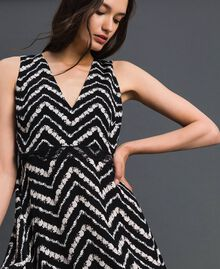 "Floral and chevron print long dress Black / ""Snow"" Chevron Print Woman 192TP2526-01"